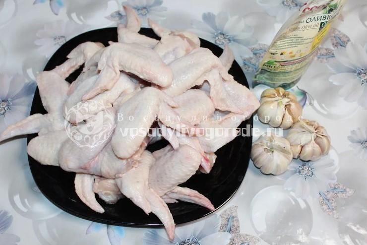 Ингредиенты для запеченных крыльев
